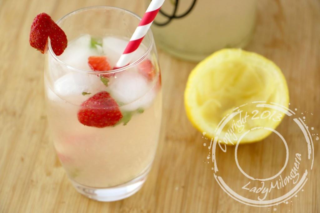 Water detox à la fraise