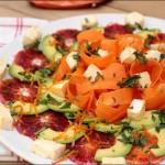 Salade de carottes à l'avocat, orange et reblochon