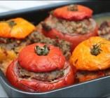 Tomates farcies à l'agneau et aubergine